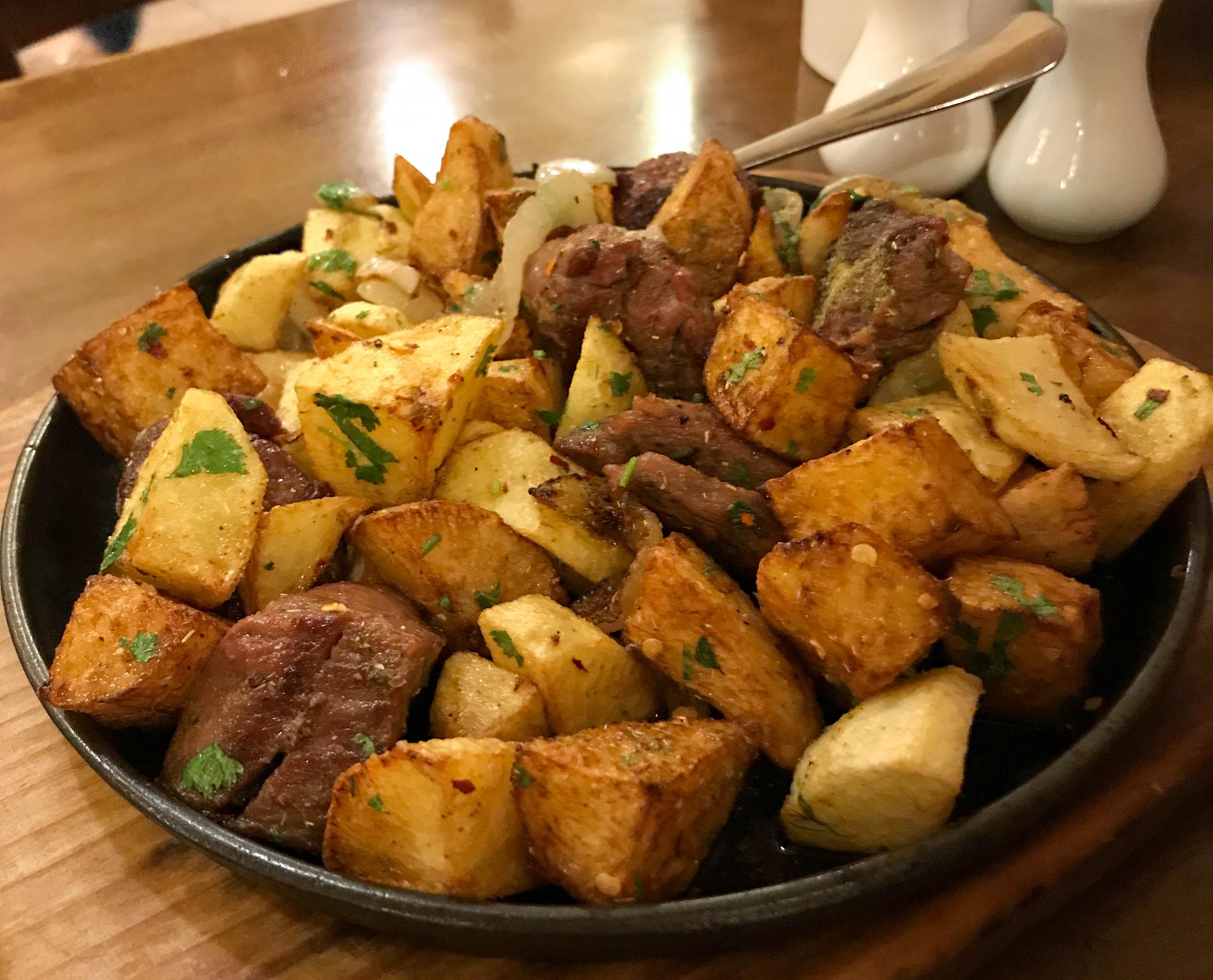 Odjakhuri meat and potato stew, sautéed with onions, georgian cuisine