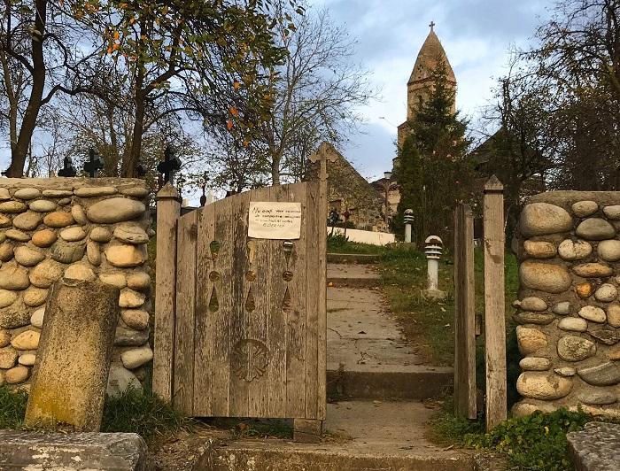 Biserica Sfantul Nicolae din Densuș, Hunedoara, Romania @dariusroby.com