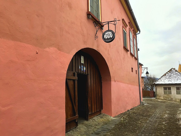 Near the main square of Sighișoara – one can find a warm abode for the night, at the Pivnița and Pensiunea la Teo.